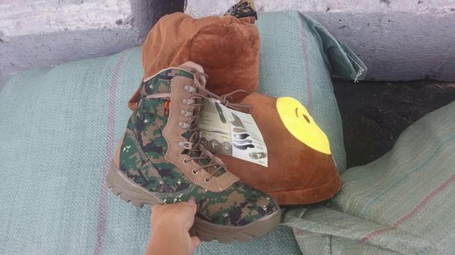 נעלי בית, חמאס